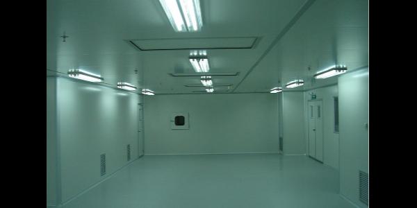 应该选择无尘室还是洁净棚呢?